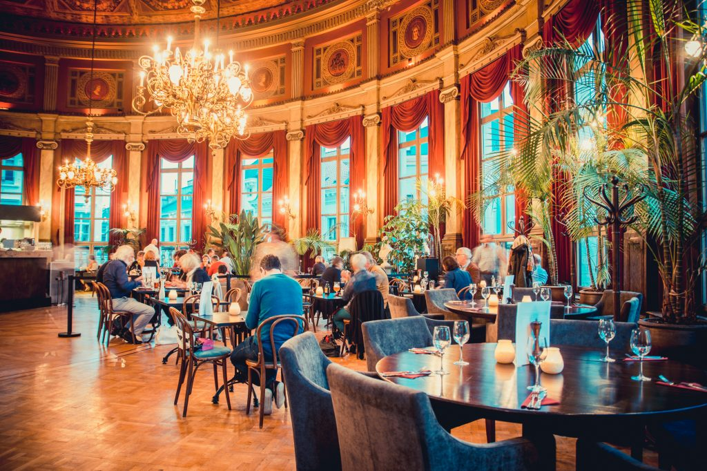 Restaurant centrum antwerpen bourla schouwburg eventonline for Interieur antwerpen